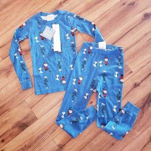 NWT Hanna Andersson peanuts pajamas Christmas 5